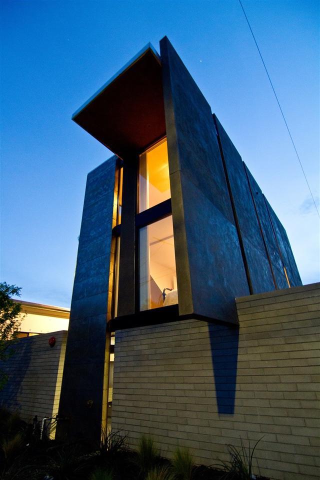 2692 C Street, San Diego, CA 92102 (#180017259) :: Neuman & Neuman Real Estate Inc.