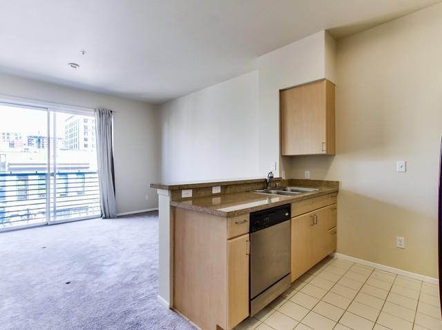 445 Island Ave #419, San Diego, CA 92101 (#180019787) :: Neuman & Neuman Real Estate Inc.