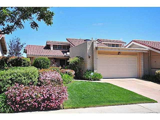 2269 Via Munera, La Jolla, CA 92037 (#180020367) :: Ascent Real Estate, Inc.