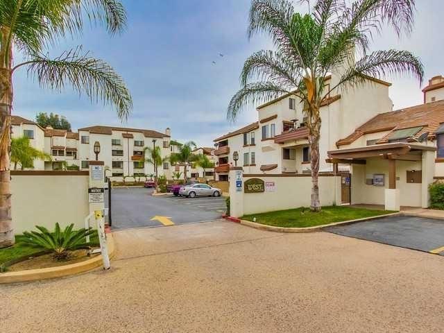 376 Center St #104, Chula Vista, CA 91910 (#180021065) :: Neuman & Neuman Real Estate Inc.
