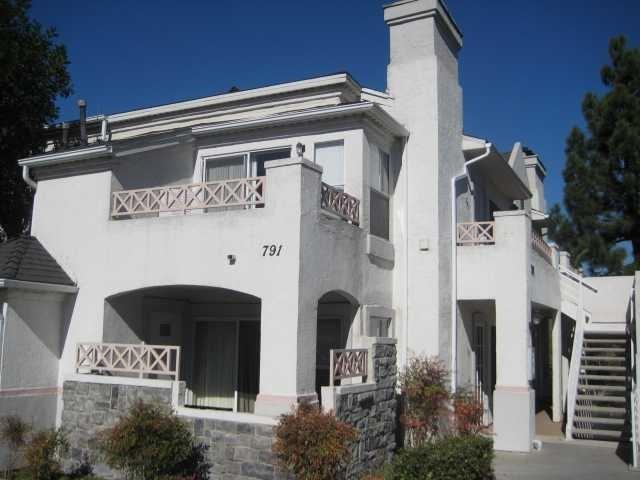 791 Brookstone Rd #203, Chula Vista, CA 91913 (#180022117) :: Keller Williams - Triolo Realty Group
