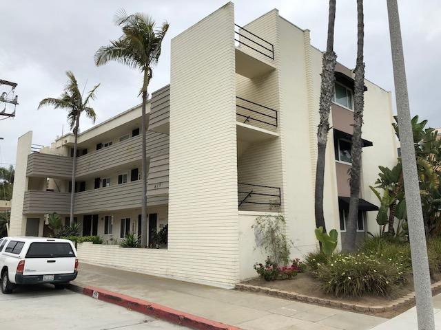 415 Gravilla St Unit #12, La Jolla, CA 92037 (#180022797) :: Heller The Home Seller