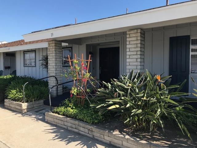 3615 Vista Bella #19, Oceanside, CA 92057 (#180023630) :: Heller The Home Seller