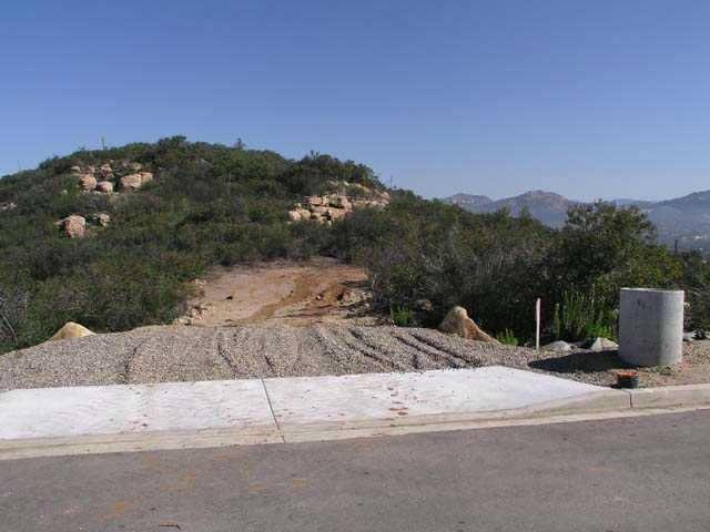 3 Del Poniente Road #3, Poway, CA 92064 (#180024196) :: The Yarbrough Group