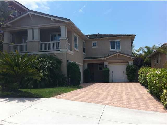 3851 Torrey Hill Ln, San Diego, CA 92130 (#180027097) :: Neuman & Neuman Real Estate Inc.