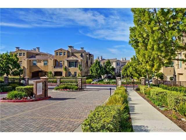 233 Marquette Ave, San Marcos, CA 92078 (#180027209) :: Heller The Home Seller