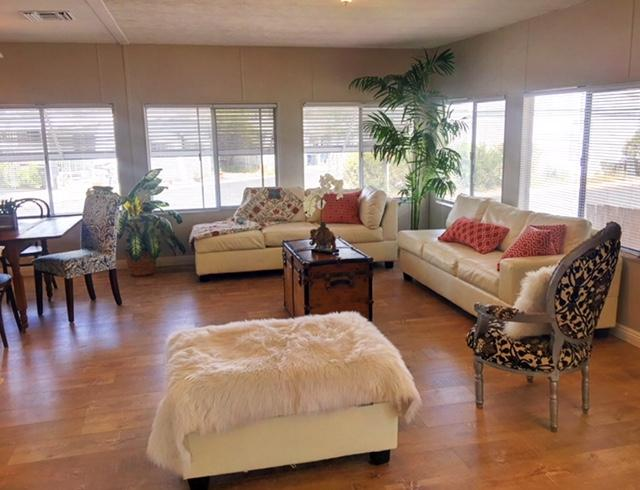 10767 Jamacha Blvd #122, Spring Valley, CA 91978 (#180027276) :: Heller The Home Seller