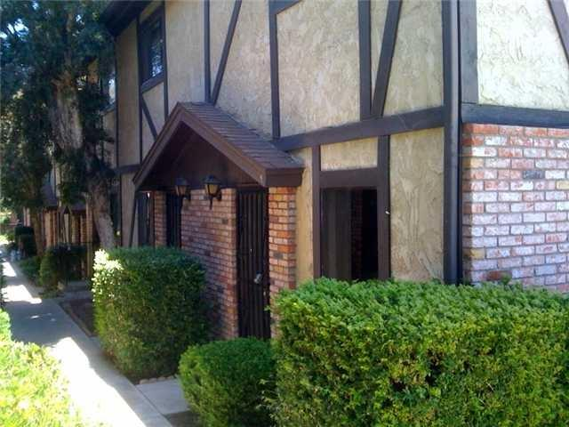 1628 Presioca #24, Spring Valley, CA 91977 (#180028356) :: Neuman & Neuman Real Estate Inc.