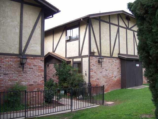 1632 Presioca #10, Spring Valley, CA 91977 (#180028661) :: Keller Williams - Triolo Realty Group