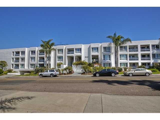 910 N Pacific Street #40, Oceanside, CA 92054 (#180032927) :: Whissel Realty