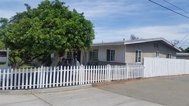 214 & 220 S Beech St, Escondido, CA 92025 (#180034926) :: The Yarbrough Group