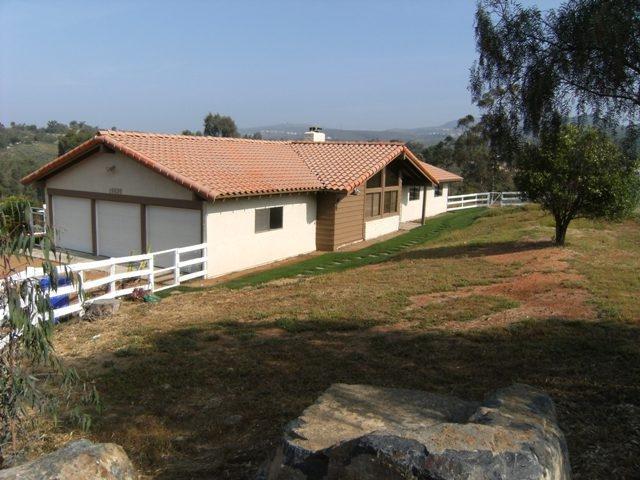 19939 Fortuna Del Este, Escondido, CA 92029 (#180035068) :: Keller Williams - Triolo Realty Group