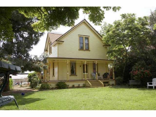 2641 Massachusetts Ave, Lemon Grove, CA 91945 (#180037756) :: KRC Realty Services