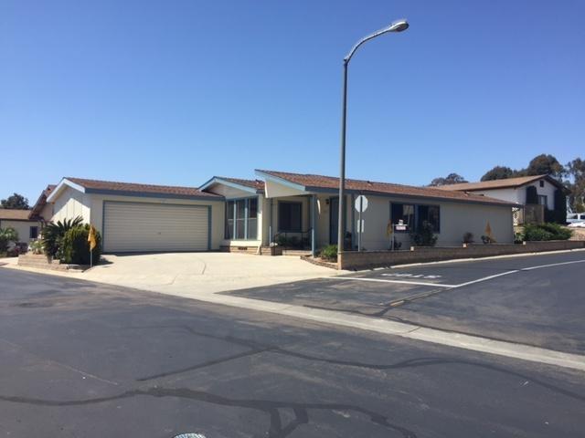 1171 Via Santiago, Vista, CA 92081 (#180041058) :: Neuman & Neuman Real Estate Inc.