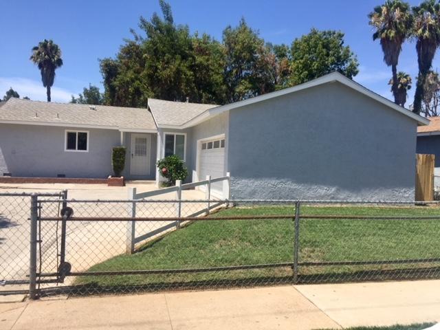 917 Cedar Street, Escondido, CA 92026 (#180042195) :: Keller Williams - Triolo Realty Group