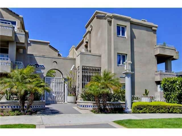4018 Nobel Dr #301, San Diego, CA 92122 (#180043163) :: Beachside Realty