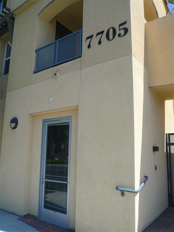 7705 El Cajon Boulevard 1, La Mesa, CA 91942 (#180045667) :: Beachside Realty