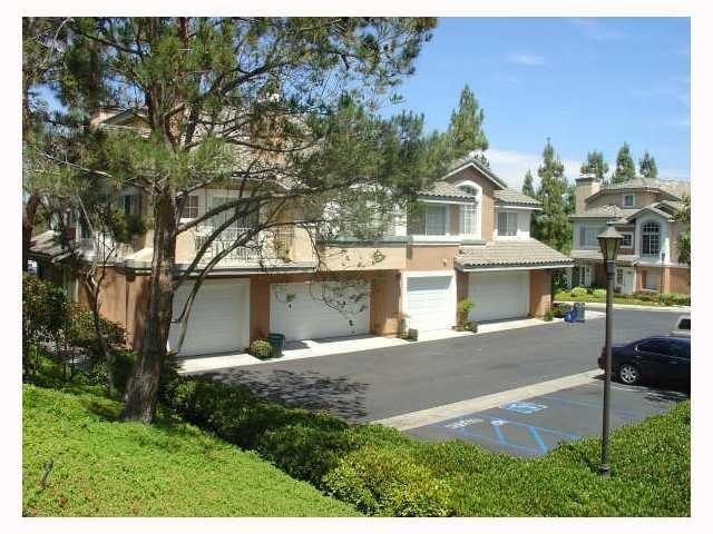 11945 Tivoli Park Row #3, San Diego, CA 92128 (#180046450) :: Coldwell Banker Residential Brokerage