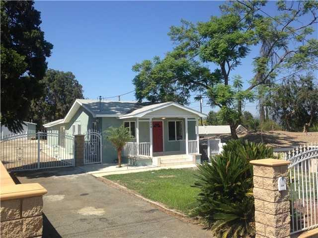 808 W 7th Ave, Escondido, CA 92025 (#180046471) :: KRC Realty Services