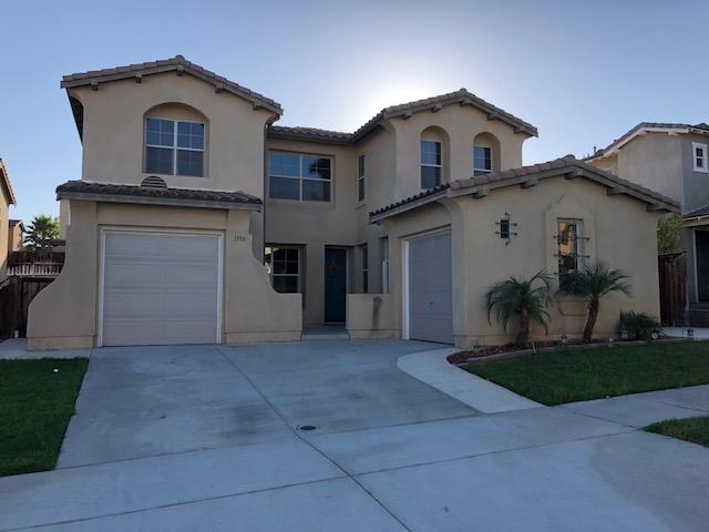 1596 Picket Fence Drive, Chula Vista, CA 91915 (#180046490) :: Whissel Realty