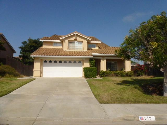 519 Shadow Tree Dr., Oceanside, CA 92058 (#180048089) :: The Yarbrough Group