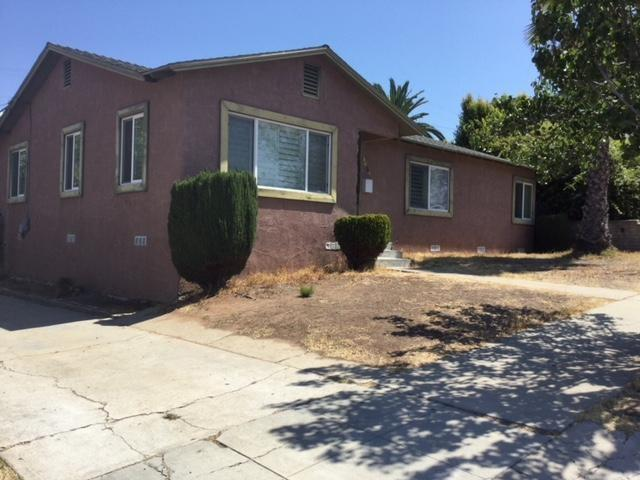 5630 Trinidad Way, San Diego, CA 92114 (#180048226) :: Neuman & Neuman Real Estate Inc.