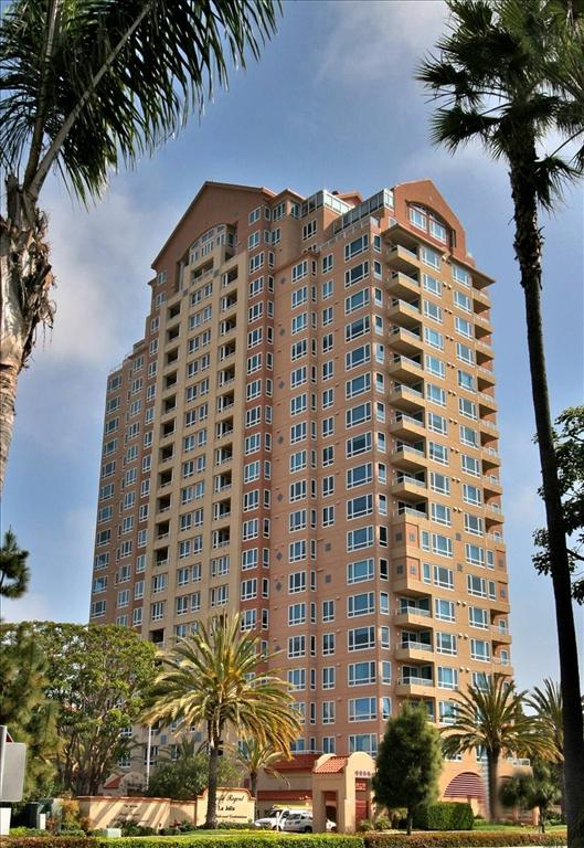 3890 Nobel #206, San Diego, CA 92122 (#180051161) :: Whissel Realty