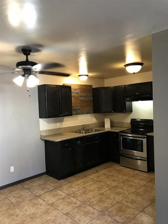 293 Sycamore Rd. Unit 10, San Ysidro, CA 92173 (#180051303) :: Welcome to San Diego Real Estate