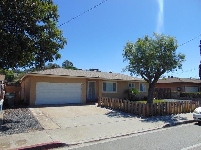 943 S Anza Street, El Cajon, CA 92020 (#180052298) :: The Yarbrough Group