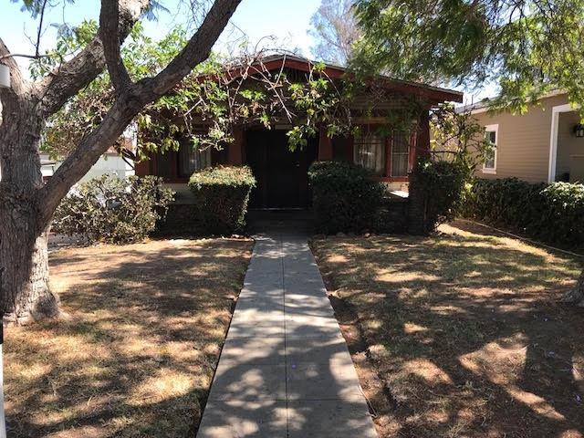 2635 Montclair St, San Diego, CA 92104 (#180053528) :: The Najar Group