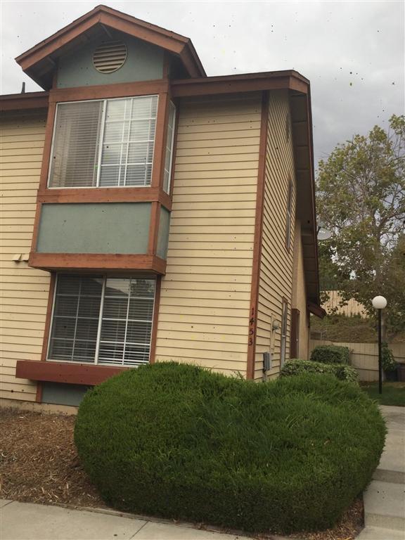 1453 Manzana Way, San Diego, CA 92139 (#180056391) :: Keller Williams - Triolo Realty Group
