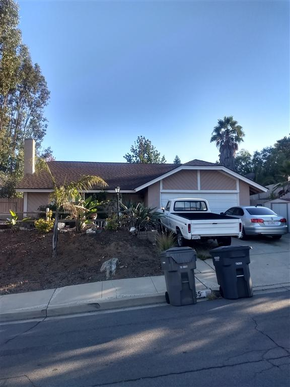 955 Funquest Dr, Fallbrook, CA 92028 (#180058943) :: The Houston Team | Compass