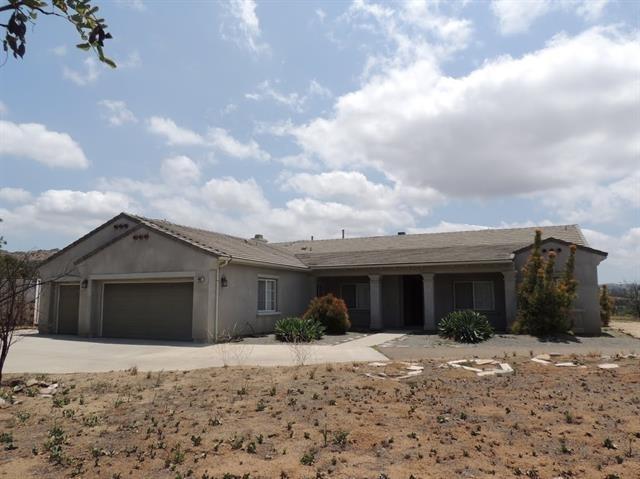 10027 Silva, El Cajon, CA 92021 (#180059219) :: Keller Williams - Triolo Realty Group