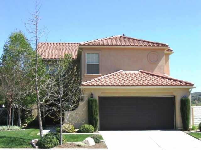 2476 Fallbrook  Pl, Escondido, CA 92027 (#180059981) :: The Yarbrough Group