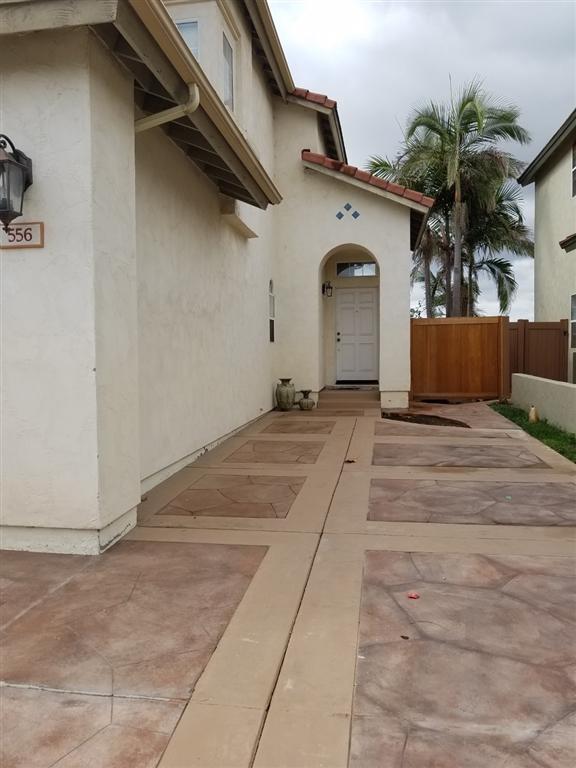556 Vista Miranda, Chula Vista, CA 91910 (#180059988) :: KRC Realty Services