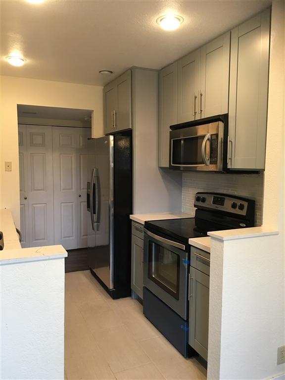 4060 Porte La Paz #38, San Diego, CA 92122 (#180061092) :: Ascent Real Estate, Inc.