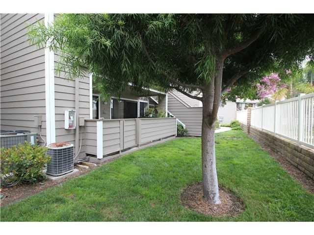 1071 Shadowridge Dr #51, Vista, CA 92081 (#180062766) :: Neuman & Neuman Real Estate Inc.