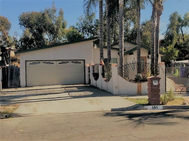 585 Roja St, Oceanside, CA 92057 (#180063972) :: The Houston Team | Compass