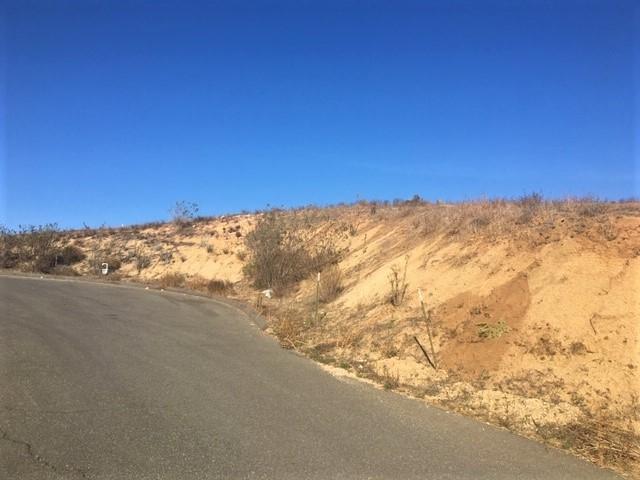 Lot 9 Camino De Nog Way #9, Fallbrook, CA 92028 (#180064231) :: Keller Williams - Triolo Realty Group