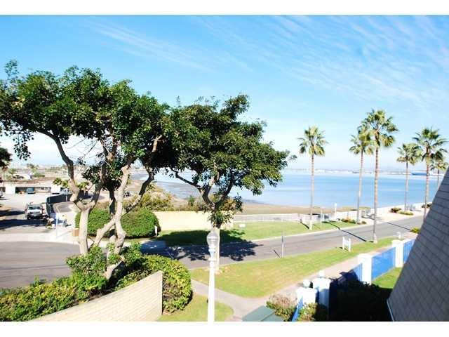 18 Montego Ct, Coronado, CA 92118 (#180066986) :: Whissel Realty