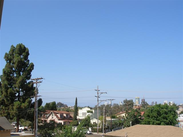 3029 Broadway St #18, San Diego, CA 92102 (#190002221) :: Neuman & Neuman Real Estate Inc.
