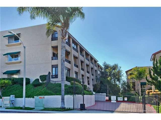 2514 Clairemont Drive #108, San Diego, CA 92117 (#190003904) :: KRC Realty Services
