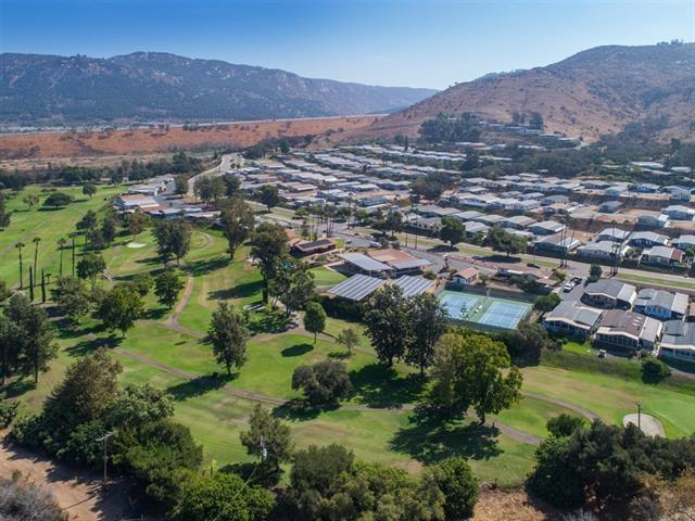 4650 Dulin #222, Fallbrook, CA 92028 (#190003922) :: Allison James Estates and Homes