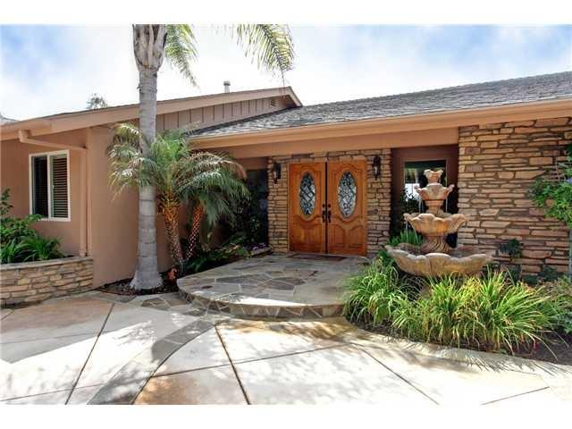 4143 Sunnyhill Drive, Carlsbad, CA 92008 (#190004138) :: PacifiCal Realty Group