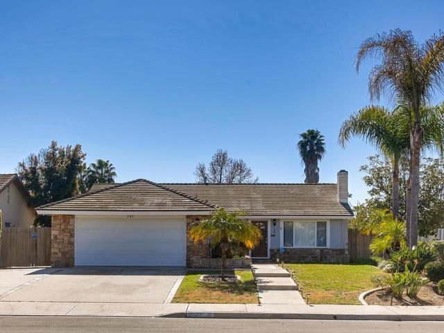 727 Point Arguello, Oceanside, CA 92058 (#190008370) :: Whissel Realty
