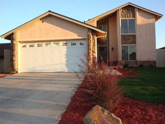 8497 Noeline Place, San Diego, CA 92114 (#190012089) :: Keller Williams - Triolo Realty Group
