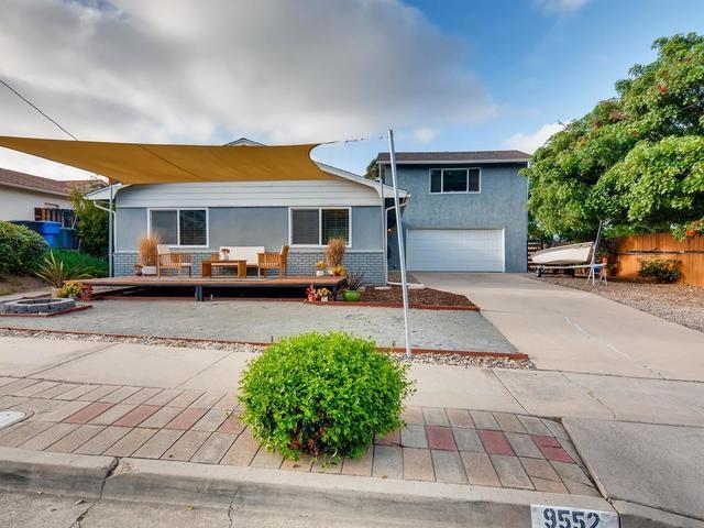 9552 Bray Ave, Spring Valley, CA 91977 (#190019905) :: Pugh | Tomasi & Associates