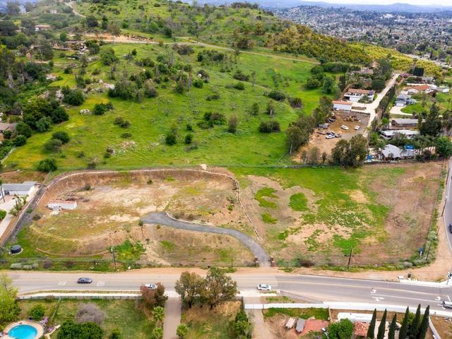 937 Vista Ave A, Escondido, CA 92026 (#190020137) :: Pugh | Tomasi & Associates