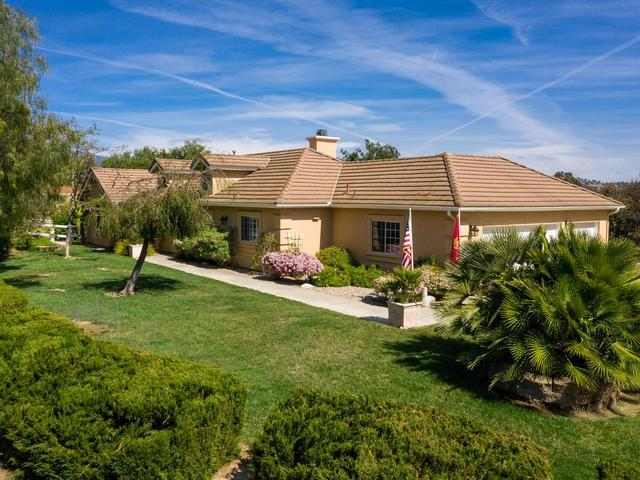 31349 Kira Place, Valley Center, CA 92082 (#190020899) :: Pugh | Tomasi & Associates