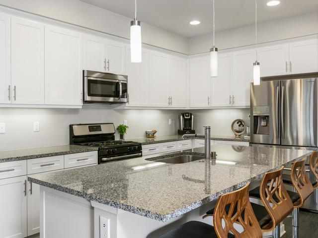 761 Trunorth Circle, Escondido, CA 92026 (#190021618) :: Pugh | Tomasi & Associates